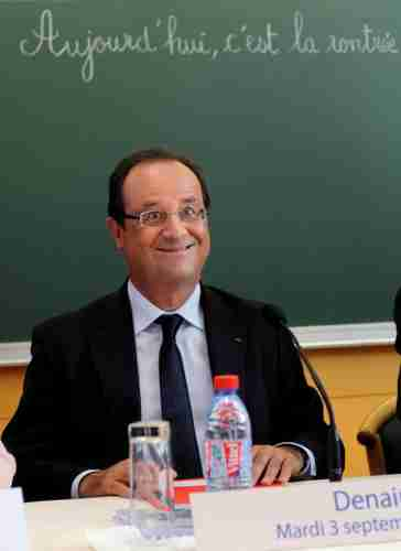 hollande ridicule.jpg
